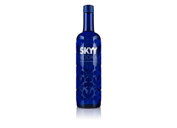 03 Landor packaging Skyy Vodka Landor presenta las nuevas tendencias en el diseño de packaging