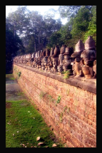 """IRREPLACABLE...THESE ANCIENT BUDDHA HEADS LITERALLY """"DE-FACED"""""""