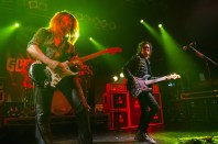 Glenn Hughes and Doug Aldrich (copyright TX63 Music Photography)