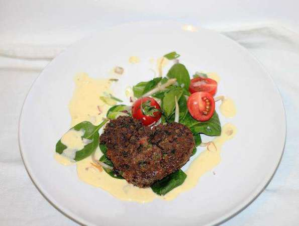 Liver patties in creamy onion sauce