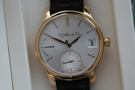 This particular Perpetual One is for sale for just US$27,900, which is quite reasonable given its rarity and design