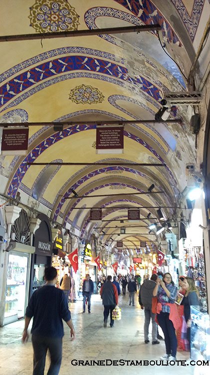 Grand Bazar d'Istanbul - kapali çarsi - le plus grand marché couvert au monde