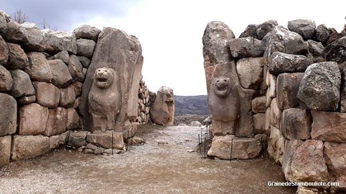 porte des lions de Hattusa, capitale Hittite, aslanlikapi