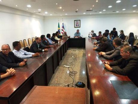 Encontro do prefeito e vereadores de Grajaú com o vice-governador 08