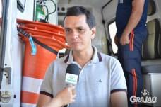 Grajau recebe duas ambulancias do SAMU e uma retroescavadeira 09