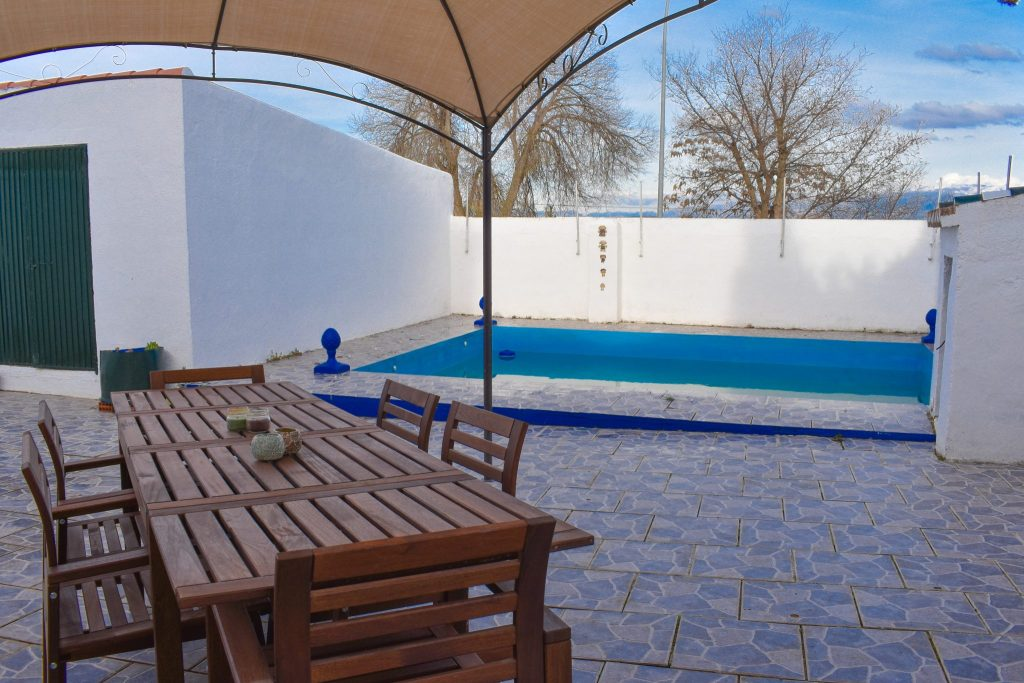 Granada town house for sale
