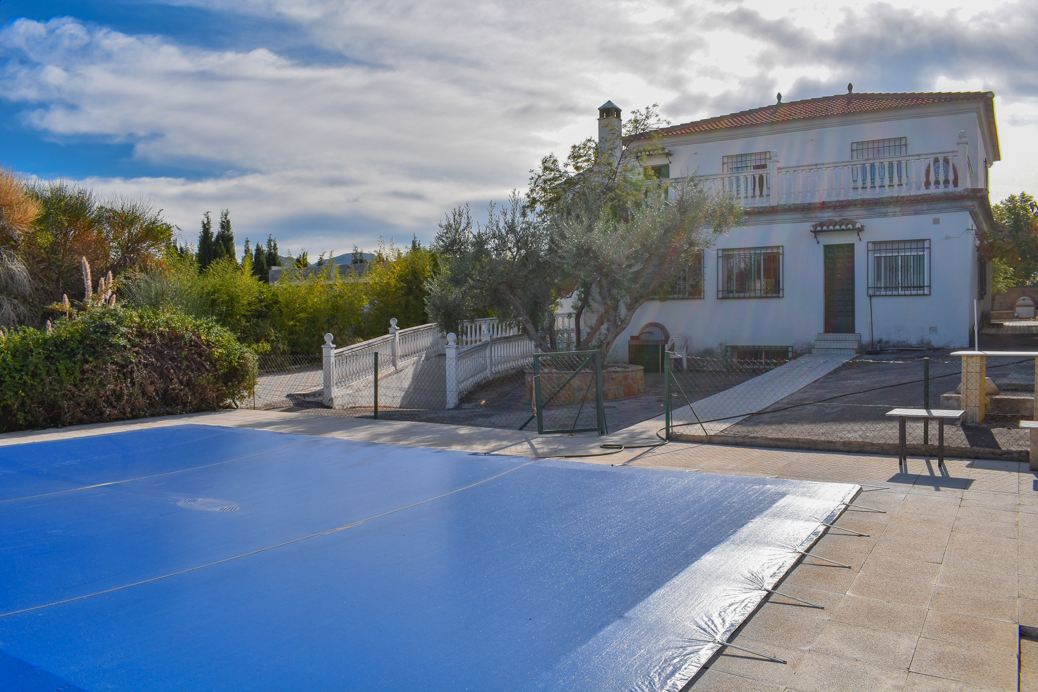 properties for sale in Granada, estate-agency, granada, property-for-sale, real-estate, se-vende,villa
