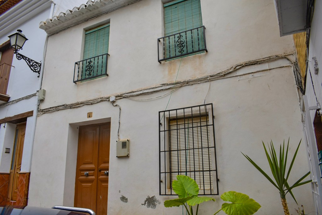 Granada estate agency, real estate granada, real estate alahama de granada, properties for sal granada, properties for sale alhama de granada