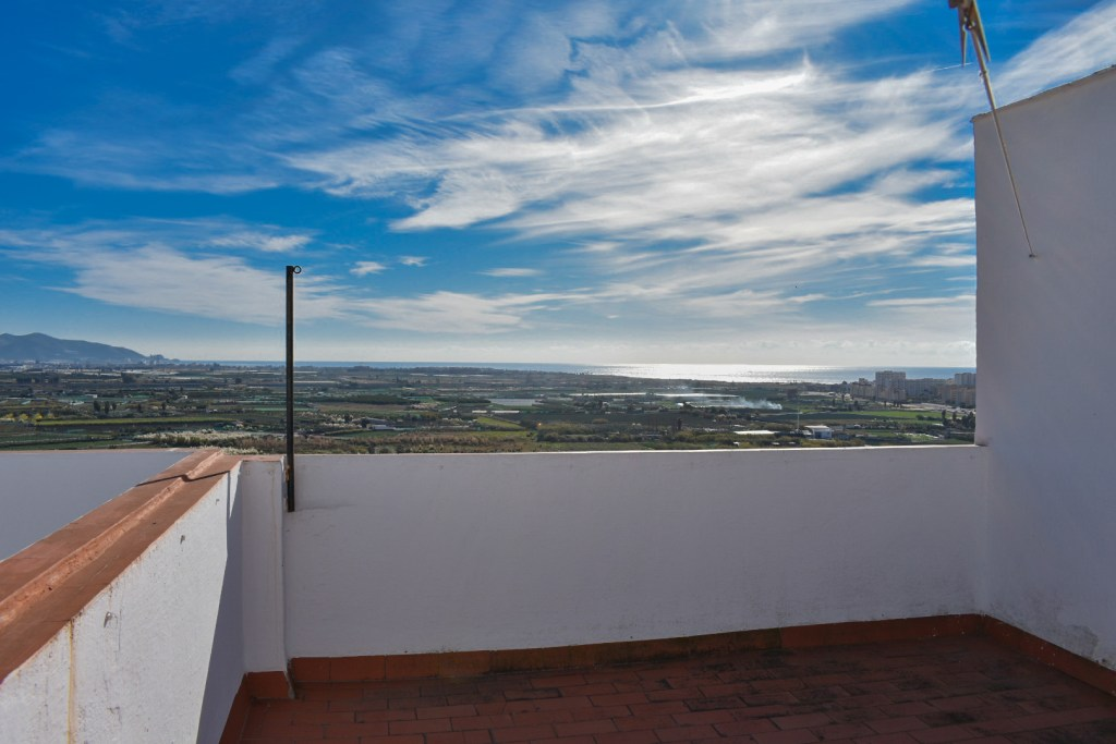 Granada estate agency, granada real estate, real estate salobrena, real estate alhama de granada, properties for sale granada, for sale granada, for sale costa tropical