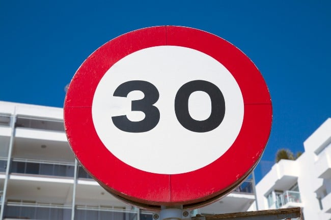30 kph limit on urban roads