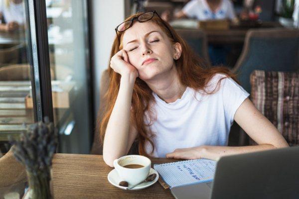 Zmęczona kobieta - eugeroiki