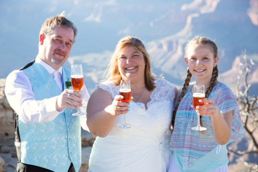 grand canyon wedding champagne toast