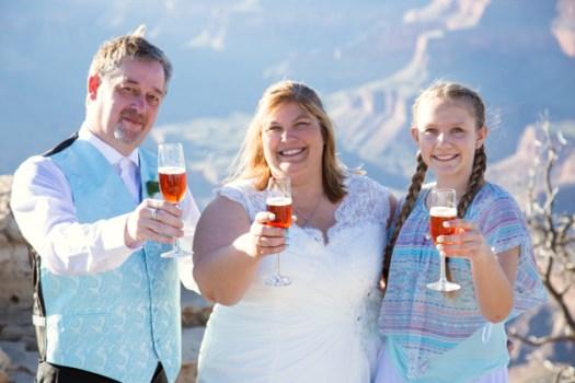 grand canyon wedding champagne toast