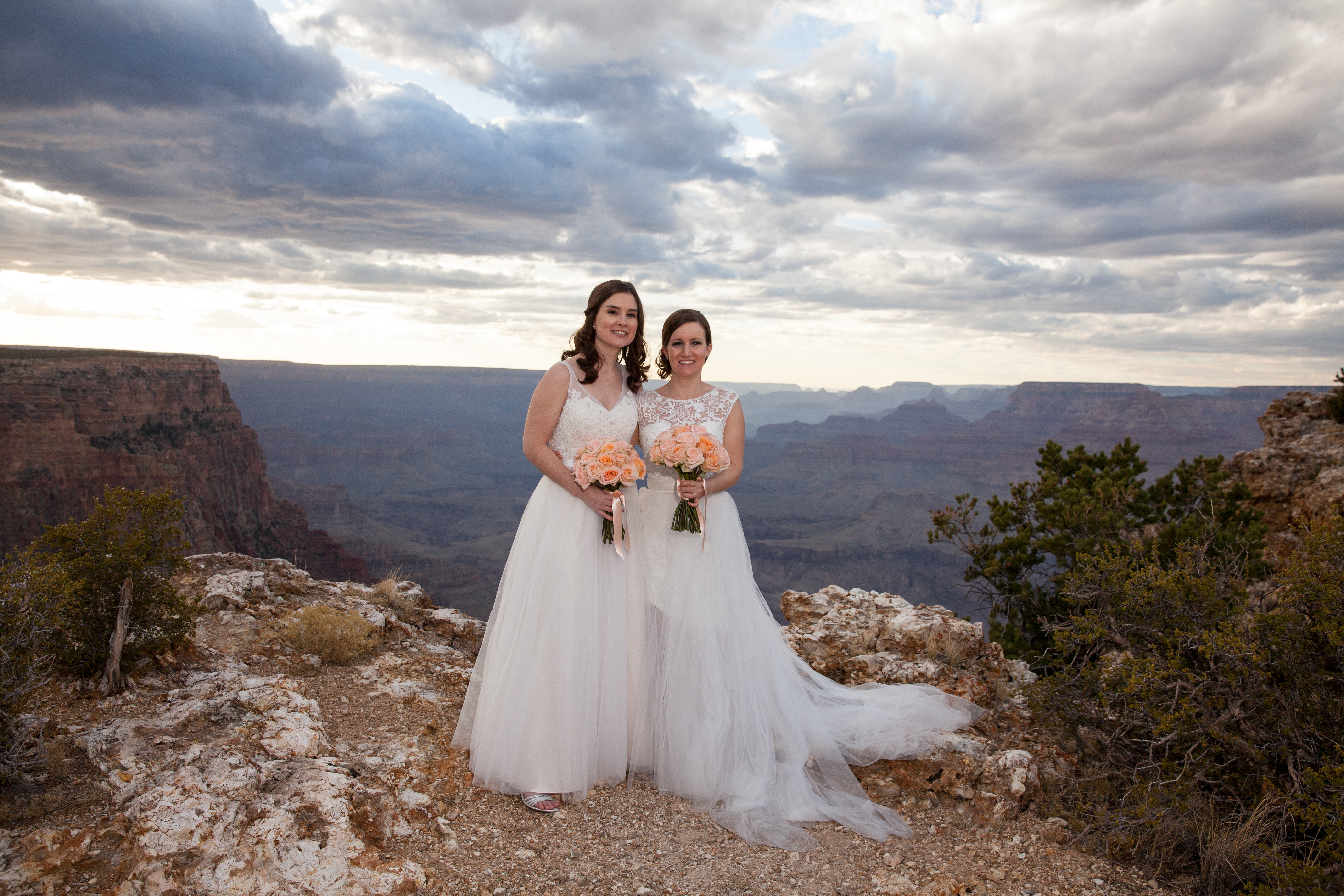 They Traveled All The Way From Australia To Experience Grand Canyon With Their Closest Friends And Family Wedding Packages