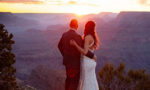 photo of wedding couple at the Grand Canyon at sunset
