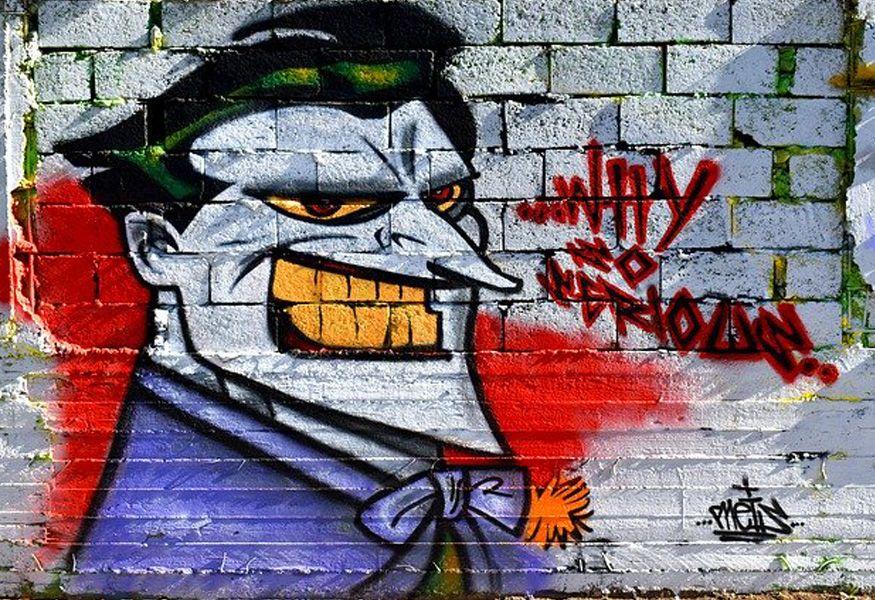 Cinema, giochi, fumetti, canzoni: il fascino intramontabile del Joker