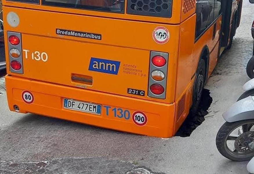 autobus-in-buca