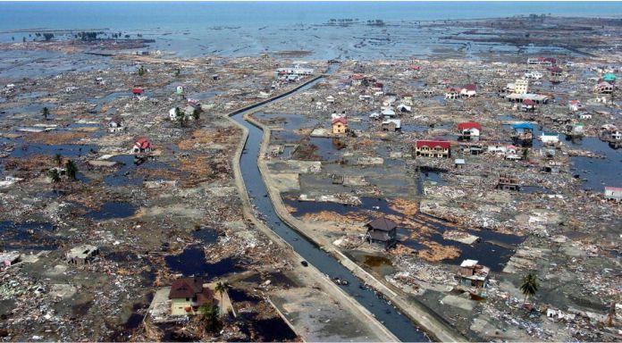 Terremoto y tsunami del Oceano Indico de 2004 - Los 10 desastres naturales más mortíferos de la historia