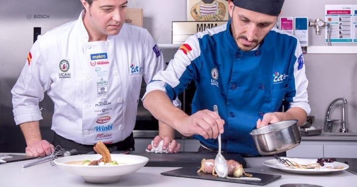 Grado en Gastronomía cocinas chef