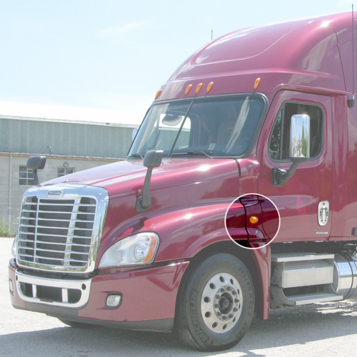 Freightliner Cascadia Side Marker/Turn Sealed LED Light