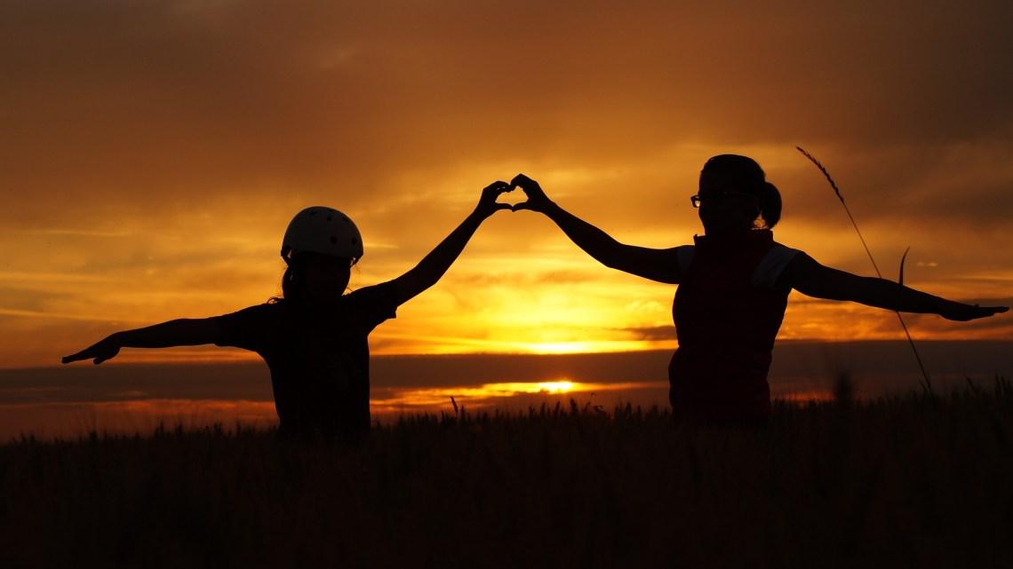 Les 15 phrases à dire régulièrement à son enfant pour l'aider à développer une bonne estime de soi