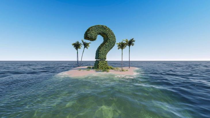 Un point d'interrogation sur un île au milieu de l'océan