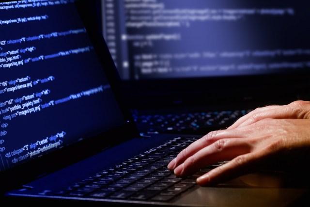 hacking-laptop-passwords-code