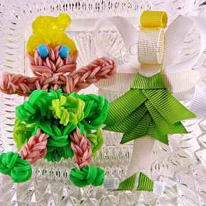 Tinkerbell Ribbon Sculpture Hairclip Loom Doll Set One