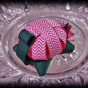 Turtle Ribbon Sculpture Hot Pink Chevron Stripes