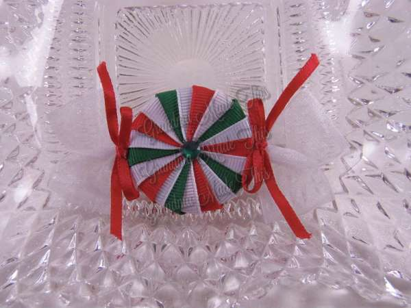 Peppermint Candy Ribbon Sculpture Hairclip RGW