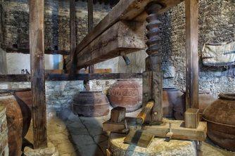 omodos wine press