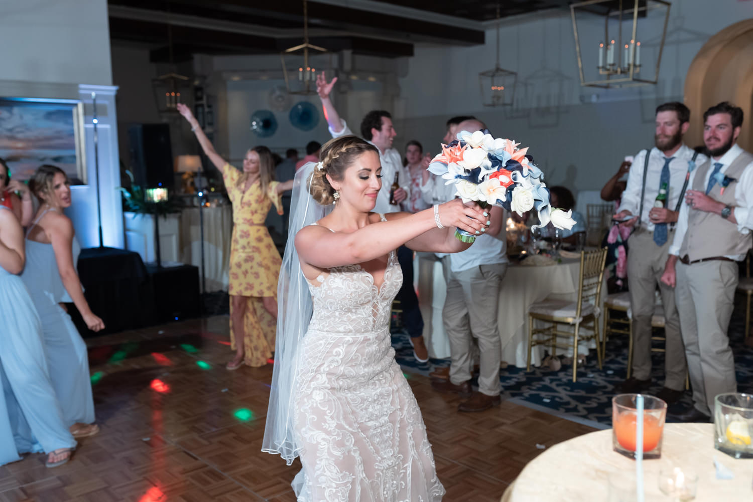 Bouquet toss - Grande Dunes Ocean Club - Myrtle Beach