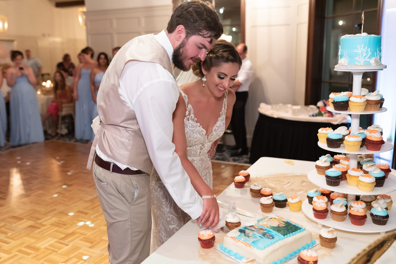 Cake cutting - Grande Dunes Ocean Club - Myrtle Beach