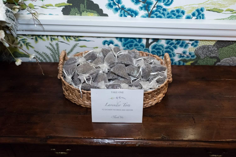 Lavender Toss - Wachesaw Plantation