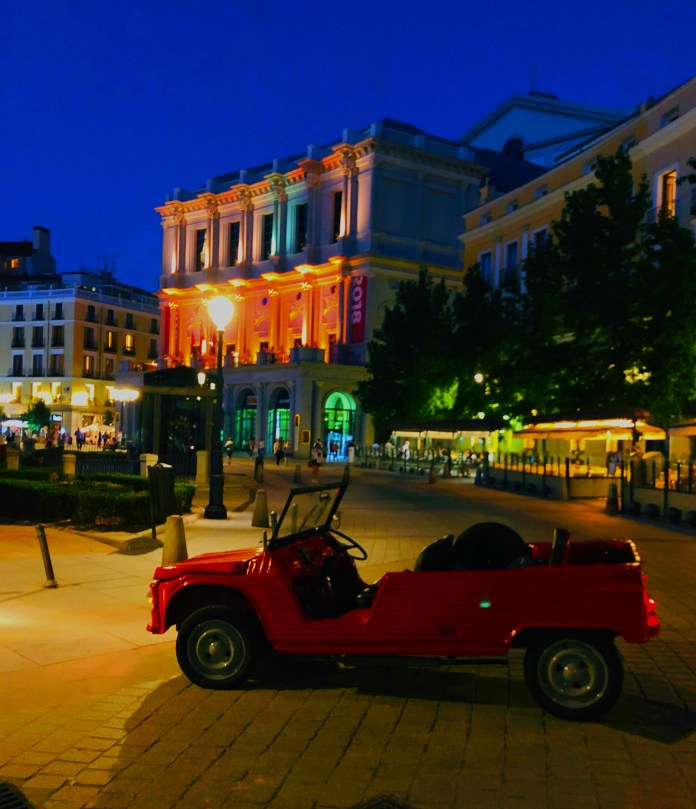 600 tour madrid luxury tour madrid events cars alquiler travel 1 - Nuestros coches