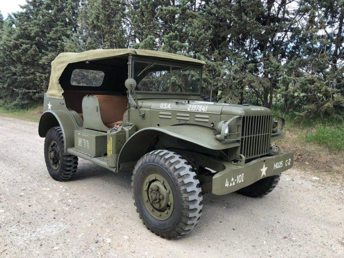 Vehículos de escena alquiler de coches alquiler de camiones vehículos militares tanque JeepHummer 4x4 militar atrezzo militar coches para cine 2 1024x768 - Alquiler de vehículos militares, alquiler de camiones de bomberos.