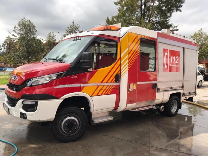 Alquiler camion de bomberos vehiculos de escena camiones para rodajes film car camion de bomberos - Alquiler de vehículos militares, alquiler de camiones de bomberos.