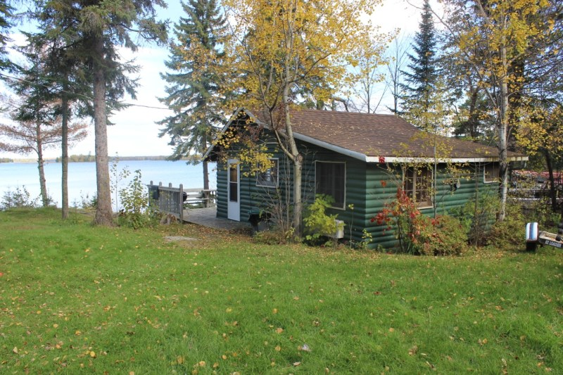 Cabin | Lakeview