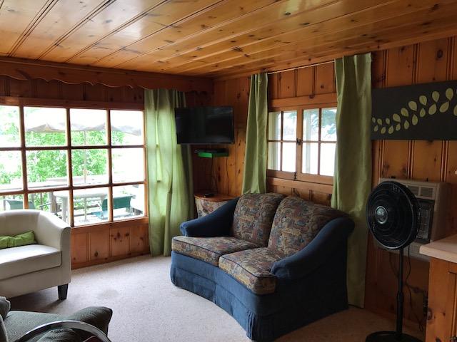 Islandview | Living Room