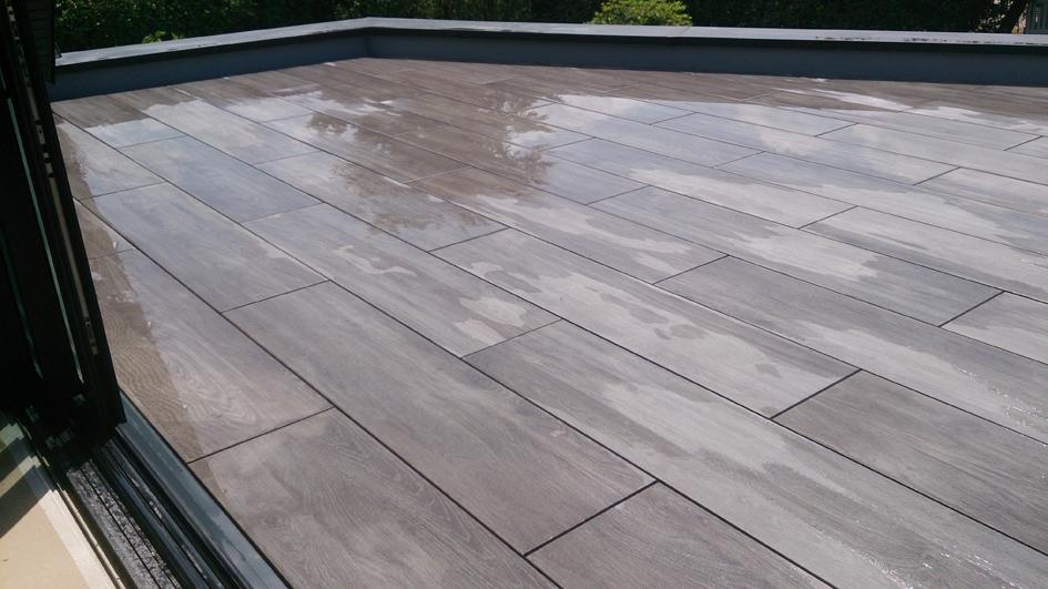 Amenagement D Un Toit Terrasse En Carrelage Sur Plot A Sene Granit