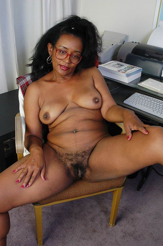 Young virgin hairy pussy