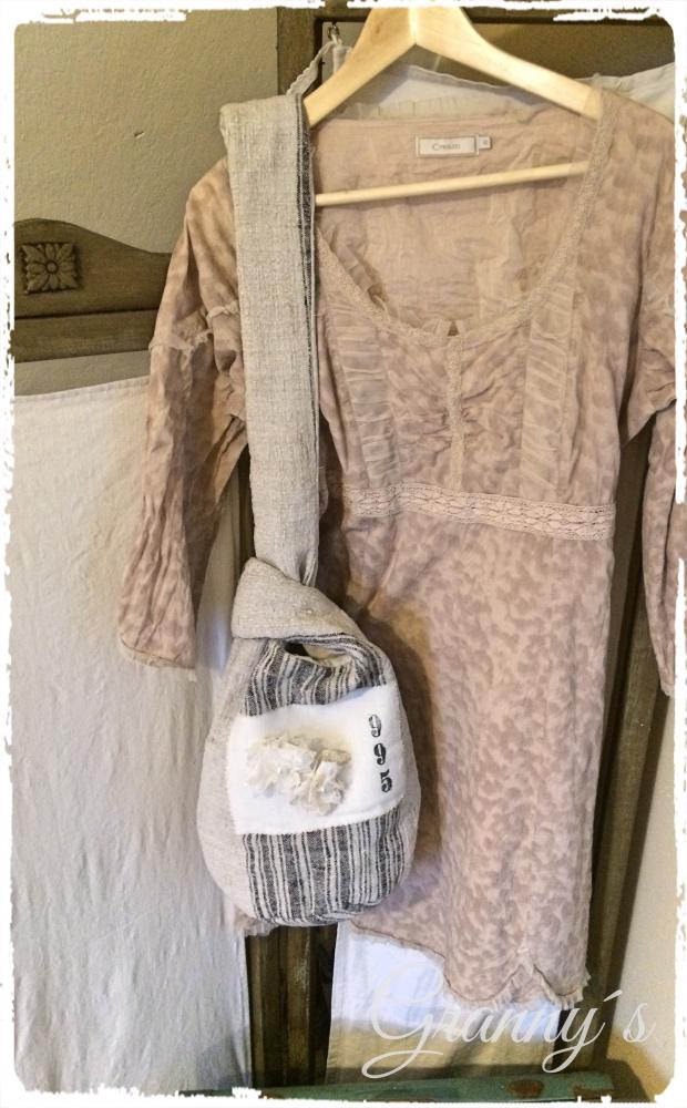 Shabby-Tasche Shabby Spitzen-Blüten selber machen, nostalgische Blumen für Kleidung und Accesoires