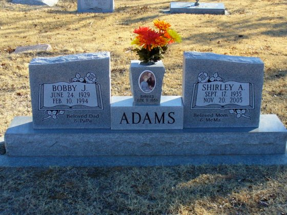 Headstone of Bobby J and Shirley Adams