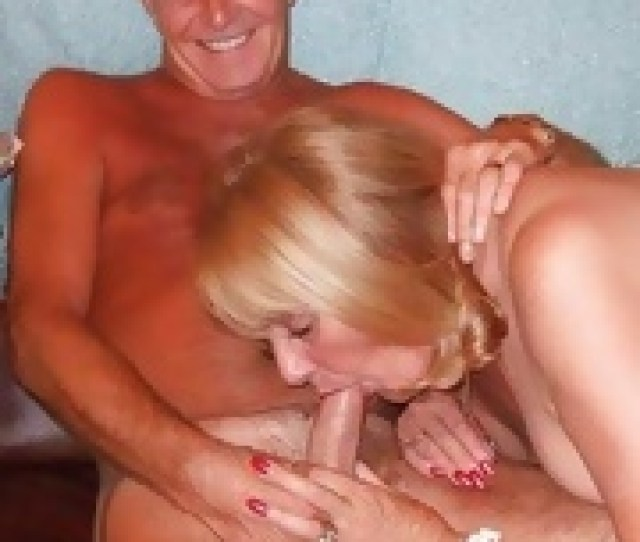 Mature Slut Play Sex Game