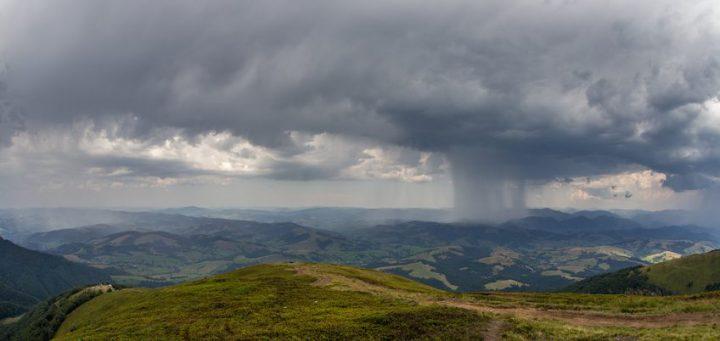 Huge rain in mountains