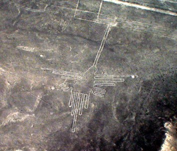 Nazca lines in Peru, showing a hummingbird (c) Martin St-Amant - Wikipedia - CC-BY-SA-3.0