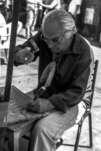 woodworker-at-the-feria