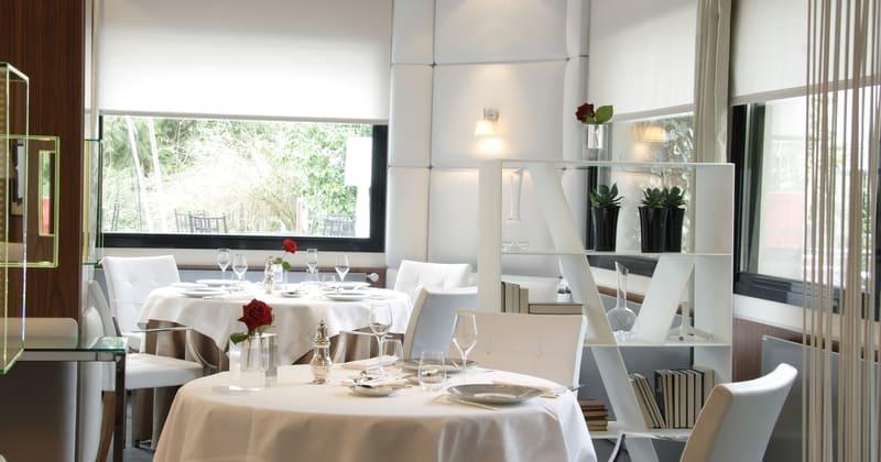 L'Assiette Champenoise - Salle de restaurant