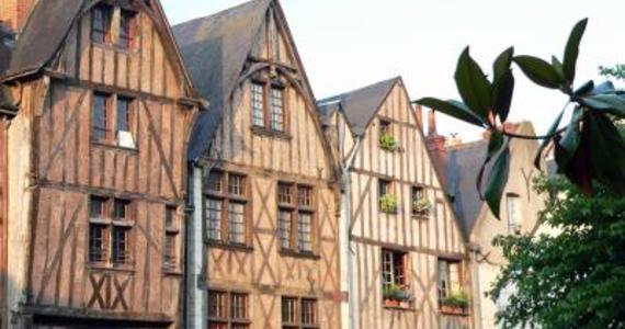 Wine tasting in France © 2006 - CDT Touraine - ADT Touraine