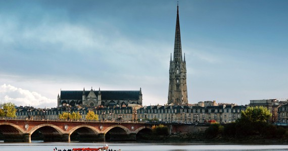 Ultimate French Wine Tour © Bordeaux River Cruise